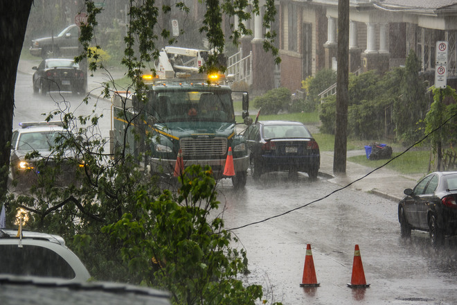 High Winds,Torrential rains bring down power lines Hamilton Hamilton, ON