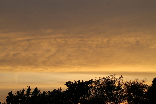 sunset thrue the clouds 418-442 King Street, Welland, ON L3B 3K4, Canada