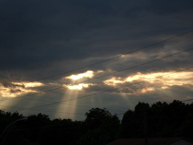 RAYS OF LIGHT/BEAM ME UP SCOTTY/E.L. Elliot Lake, Ontario Canada