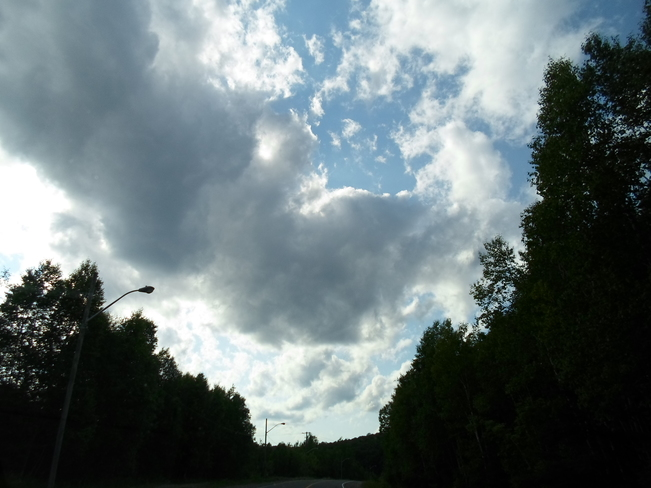 Another BEAUTIFUL DAY in E.L/Blue skies/Green Trees Elliot Lake, Ontario Canada
