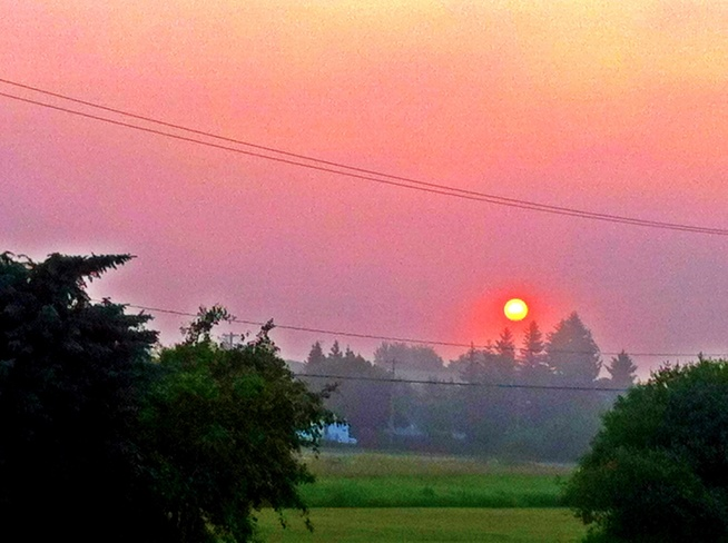 Red Sunrise Myrnam, Alberta Canada