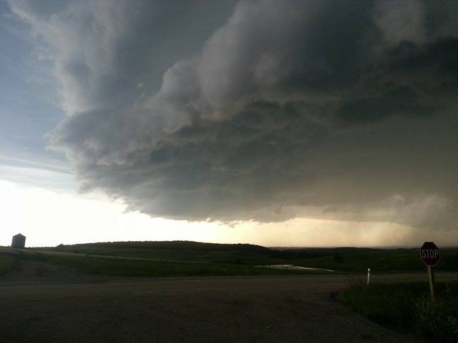 Severe weather chase Central Alberta, Twisted Chasers Ronnie and Dean Ponoka, AB