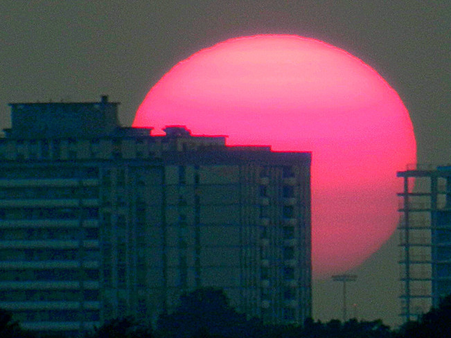 Sun or Jupiter? Toronto, ON