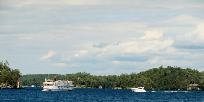 Day and evening Thousand Islands, Kingston