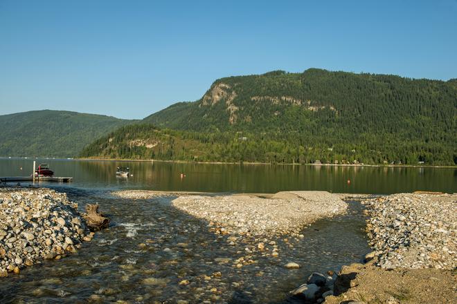 Sicamous Creek summer Waterway Houseboat Vacations, Mervyn Road, Sicamous, BC