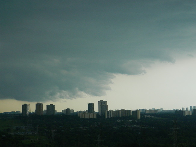 Storm moving in North York, Toronto, ON