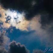 Soleil visite nuage