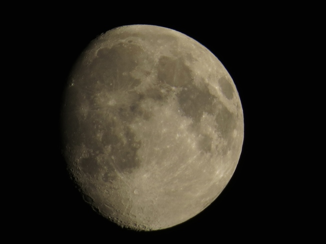 Moon Phase: Waxing Gibbous, August 7, 2014 East Chester, Nova Scotia