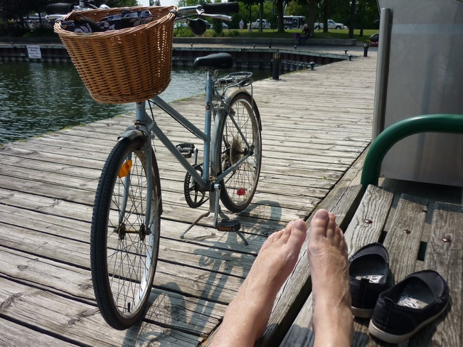 Beautiful Day 2 Kick Back Orillia, Ontario Canada