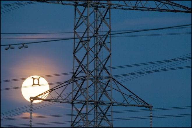 Can't beat them? Use them! Wired up in Thornhill for the Super Moon! Thornhill, On