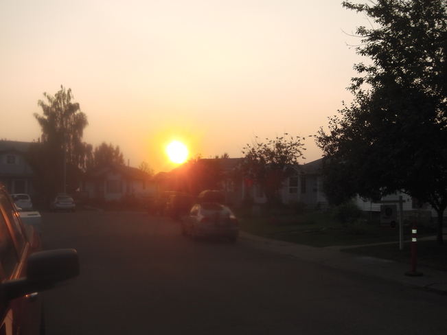 Really Beautiful Orangish sun Edmonton, Alberta Canada