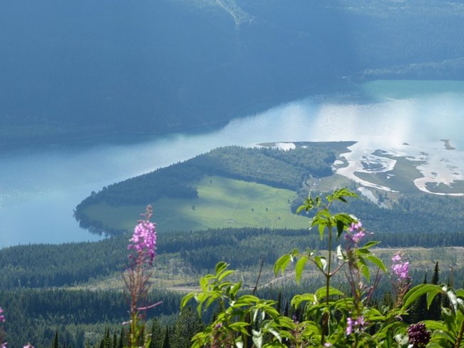hiking south revelsatoke revelstoke bc