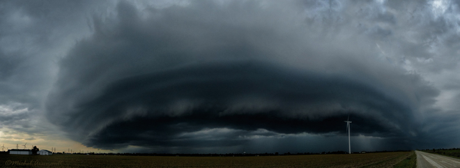 Shelf Cloud (Supercell) Tilbury, Chatham-Kent, ON
