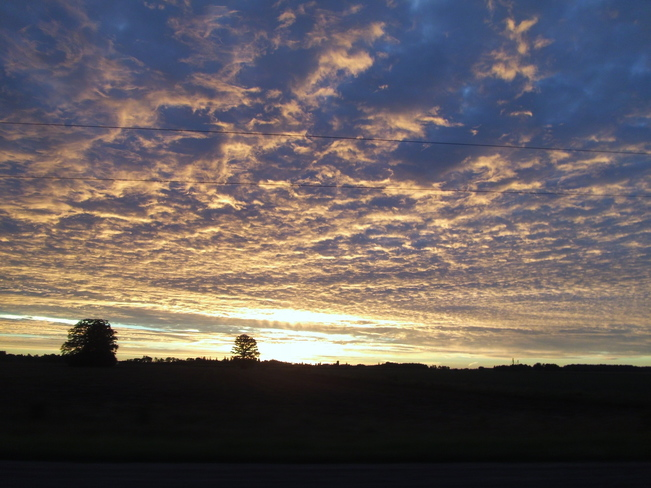 Thursday, August 28, 2014 am sunrise - Stratford Hwy 119 between Stratford and Dorcester