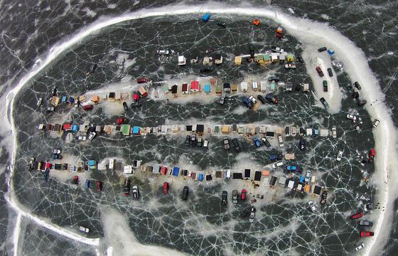 4c. Ice fishing culture: a bird's eye view