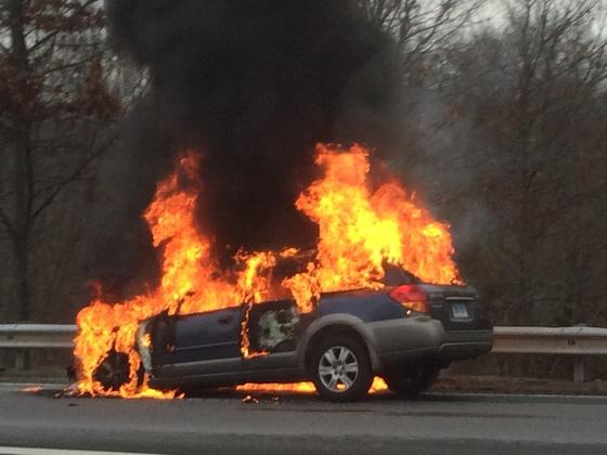 Car fire 138/495
