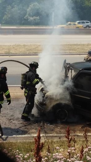 I43 at Becher st. vehicle fire