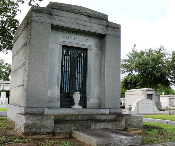 Mel Ott's Tomb