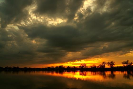 Tuesday night sunset at lake manawa