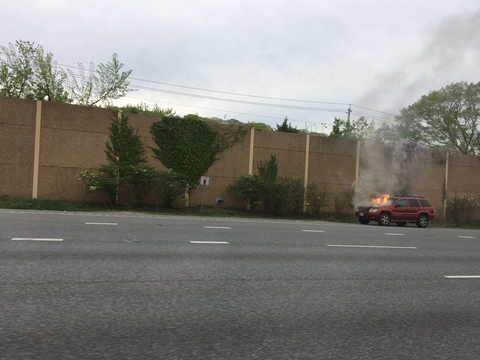 Car fire Baltimore Beltway