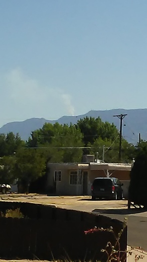 Crest fire from SE Albuquerque