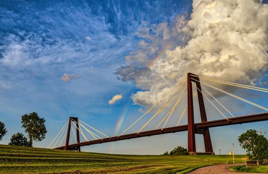 Luling Bridge rainbow