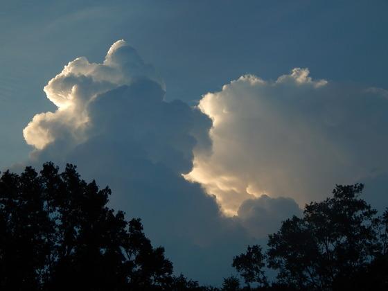Backyard Cloud Views