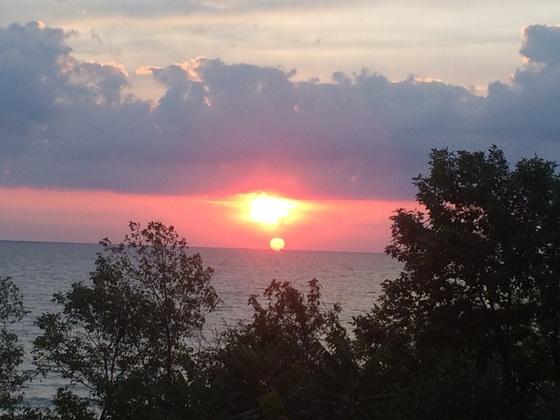 Morning Skies off of Sheridan Park in Cudahy WI