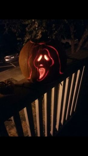 Tis' the Season for pumpkin carving