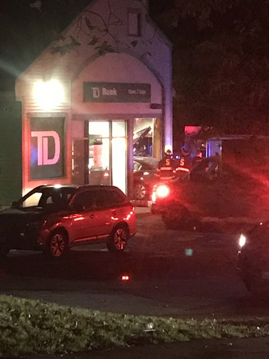 Car crashes into ATM in Swampscott