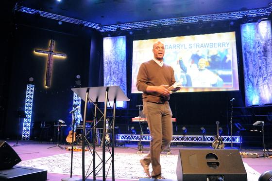 Darryl Strawberry speaks in church in Kansas City at Evangel Temple. 11/26/17