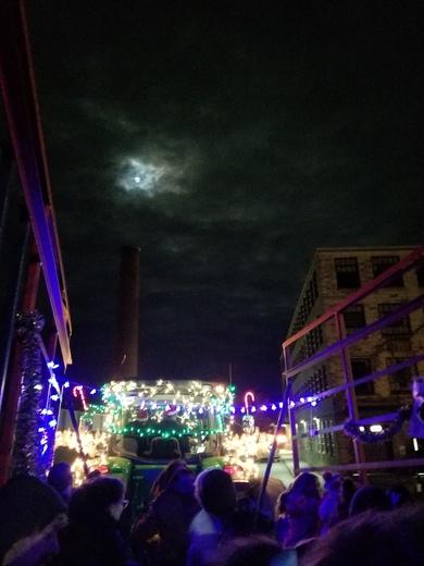 Moon light tractor ride