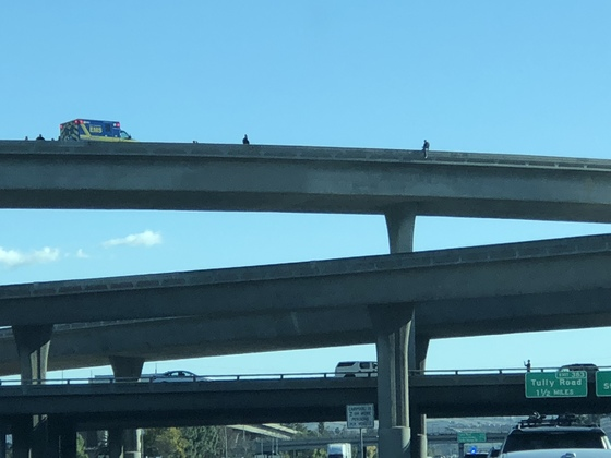 Jumper on top of 280 to 101 sb around 2pm today.