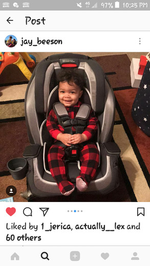 Jaylen Davis in his big boy car seat from Santa!