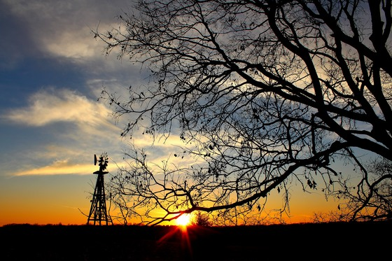 sunset at Mahoney State park