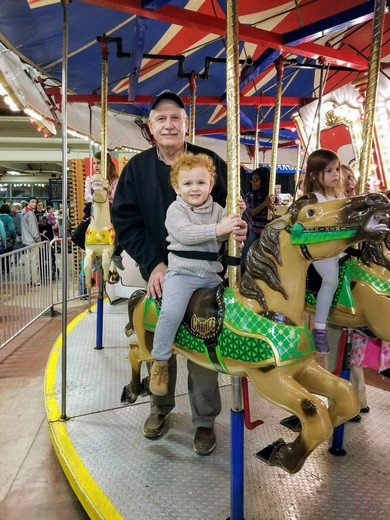 Riding horsies with Pappy @ the Farm Show 😉