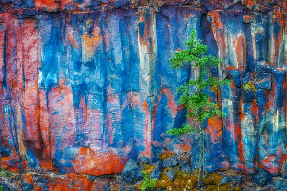 North Wall of Spahats Canyon