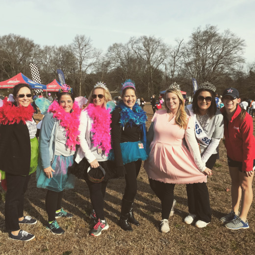Fountain Inn Elementary have a ROYAL fun run!