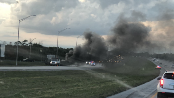 Truck fire on i95