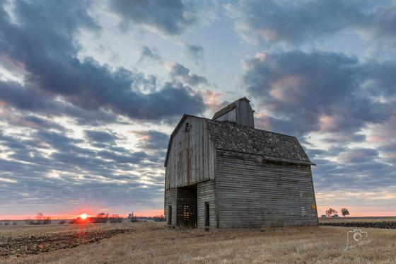 Sunrise at the Corncrib - Photo by Dave Austin