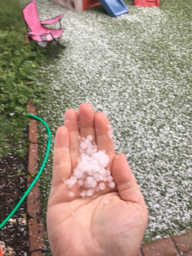 Hail!! 4pm in Capitola.