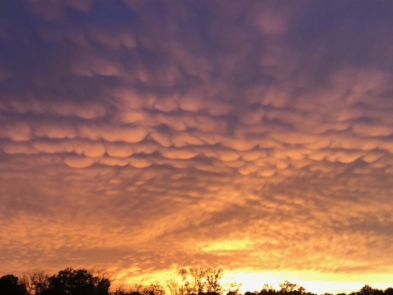 Mammatus clouds in Red Lion at 8:20 p.m.
