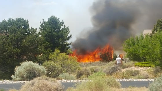 Picture of High Desert fire off Tramway