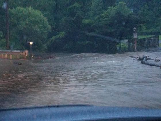 Flooded roads, Lincoln way in white oak