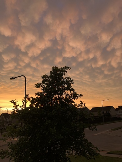 Neat looking clouds at 192nd St