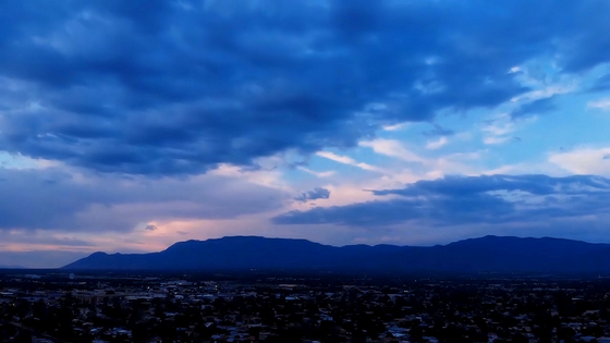 STUNNING  SANDIA MOUNTAIN SUNSET
