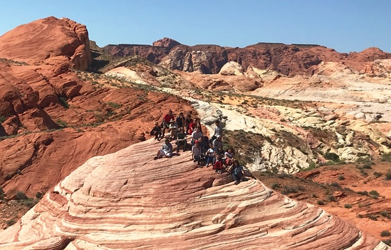High School hiking gp at Valley of Fire