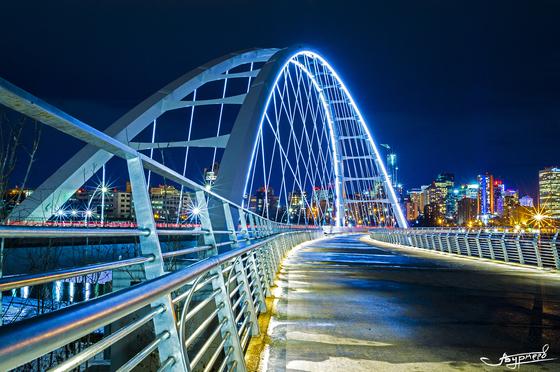 3c. Walterdale Bridge at night