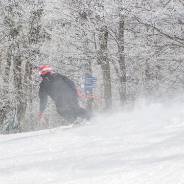 Ski hivernal