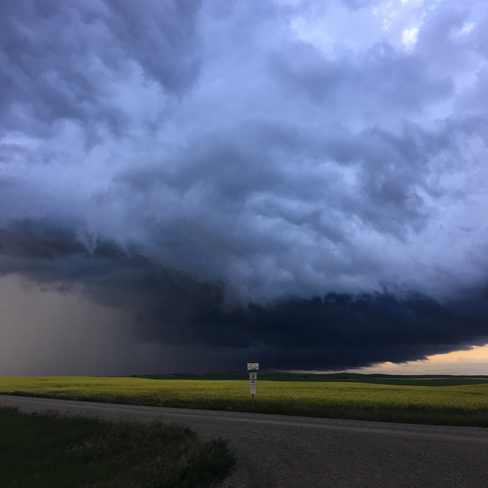 Tornado warned storm north of Swift Current Swift Current No. 137, Saskatchewan, CA